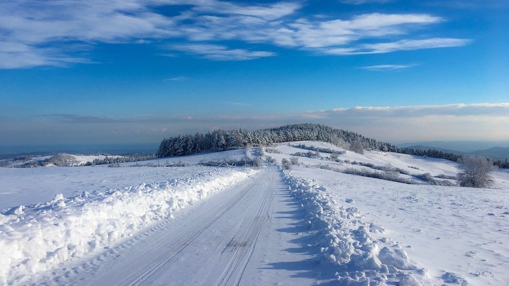 snow tour neve brevetto caveja San Marino montefeltro rimini mtb emtb ebike mountain bike amatoriale cicloturistica escursioni